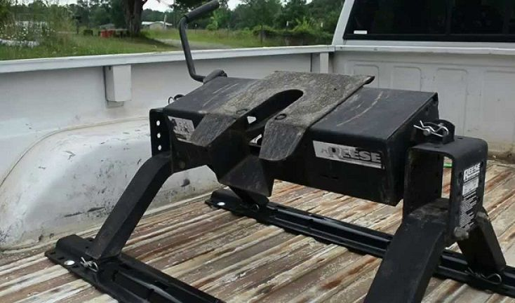5 Best Fifth Wheel Hitch Reviews 2018