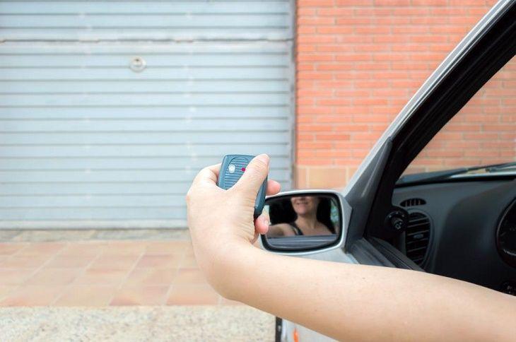 How to Choose Garage Door Opener- Buying Guide