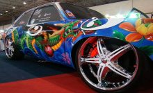 how to paint a car with spray cans