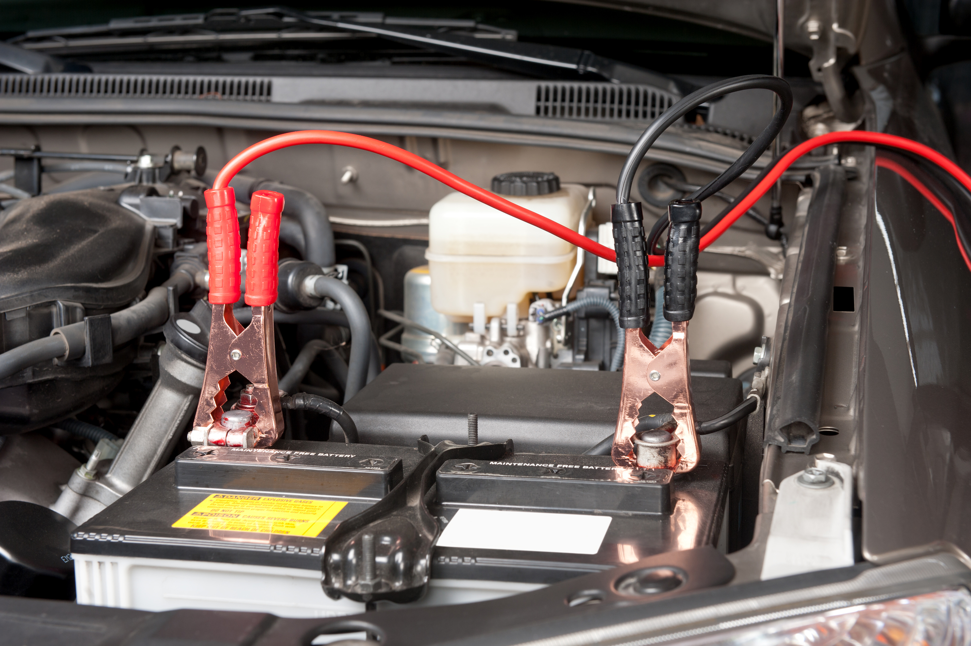 How to Hook Up and Use Jumper Cables