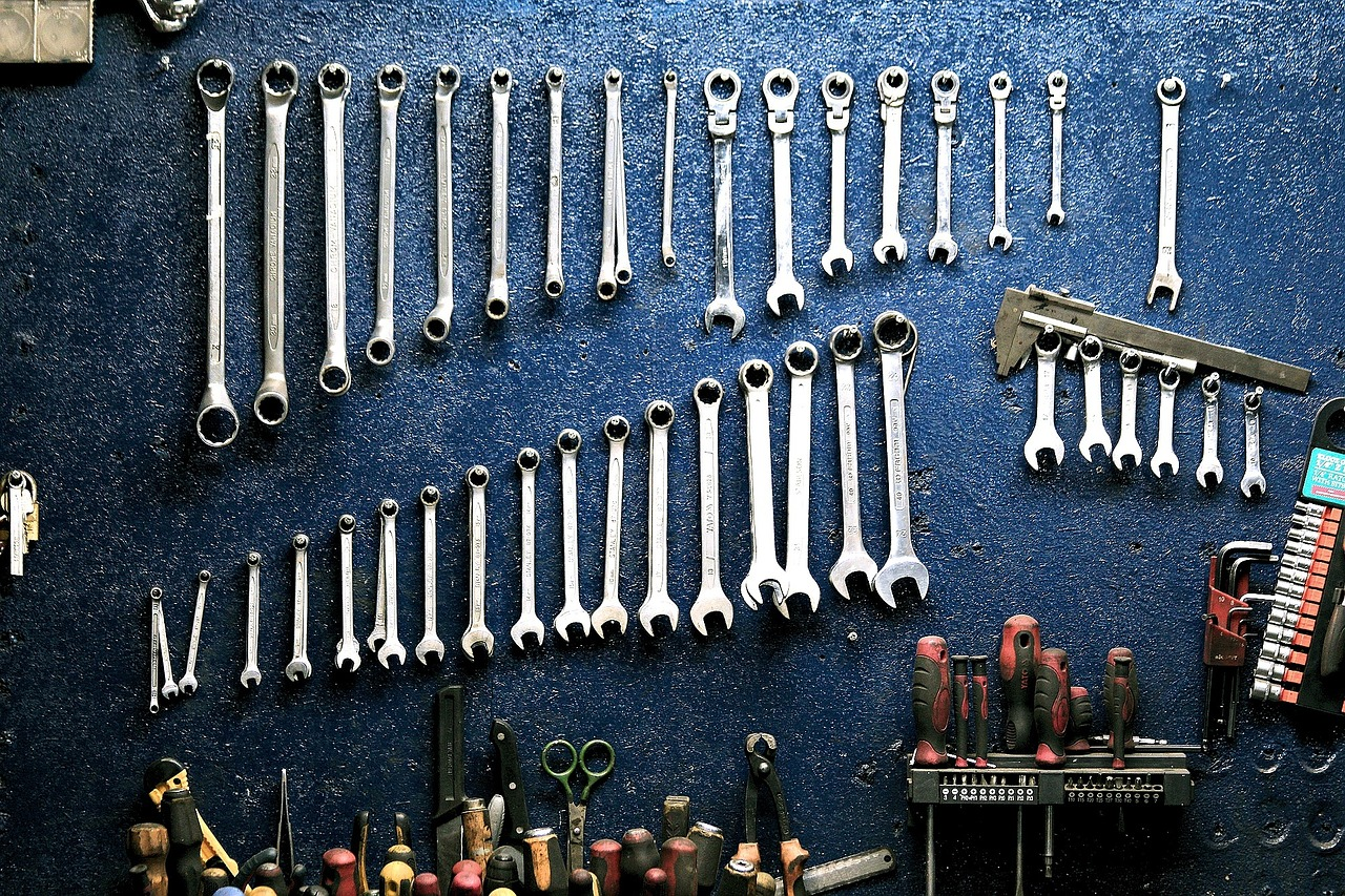 The Ultimate Automotive Tool List 54 Tools Every Mechanic Must Have Pc Wiring Harness Kit Car Electrical Connector