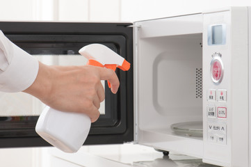 using spray on the microwave
